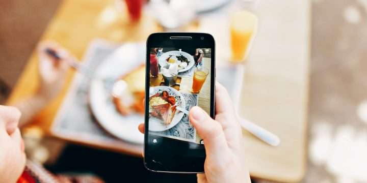 How Does Technology Influence Eating Habits?